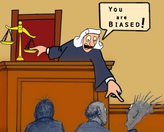 Scales of justice Revisión Mediación Familia