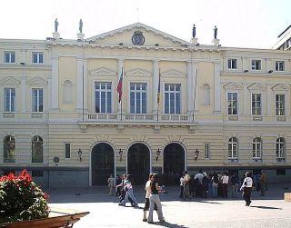 Municipalidad de Santiago establece Rompe Paga para daños a liceos en toma